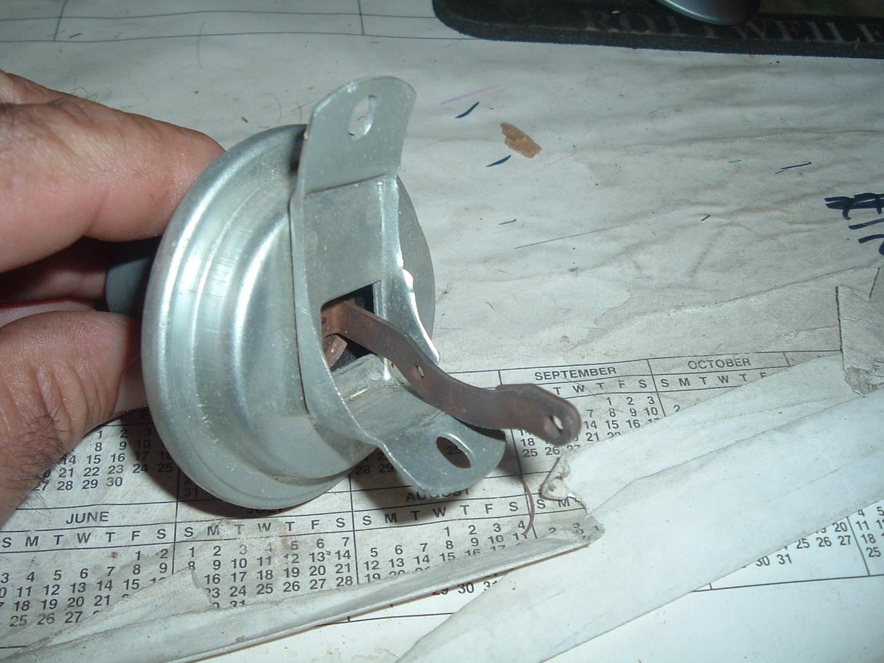 View Product1941 1946 1948 1950 dodge chrysler vacuum advance nos # VC 2082 R (z vc2082r 6-32)