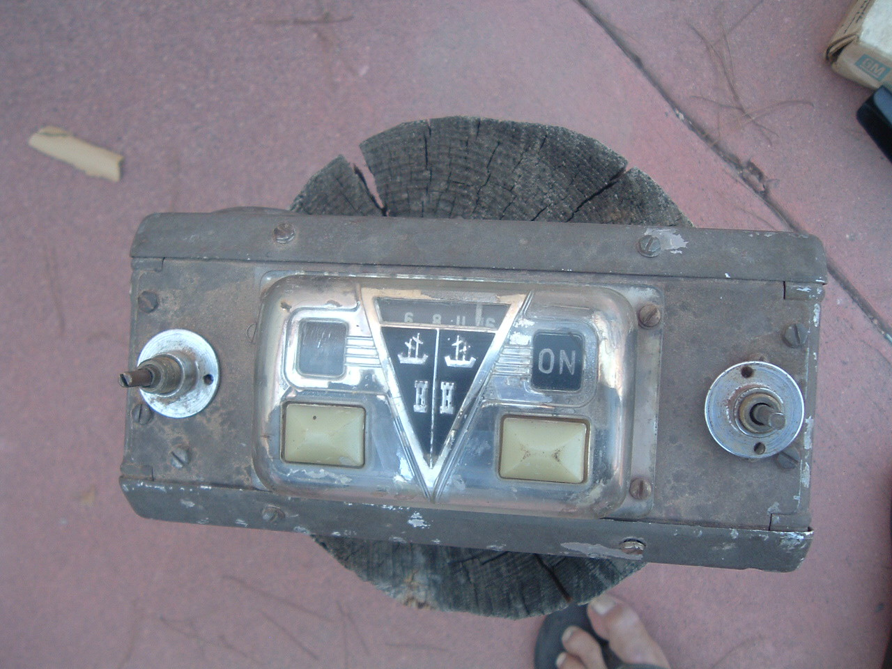 1946 1947 Hudson AM Radio Part DB46 & ZH-28991 Used Original Commodore Model 58 (z 46-7hudsonradio)