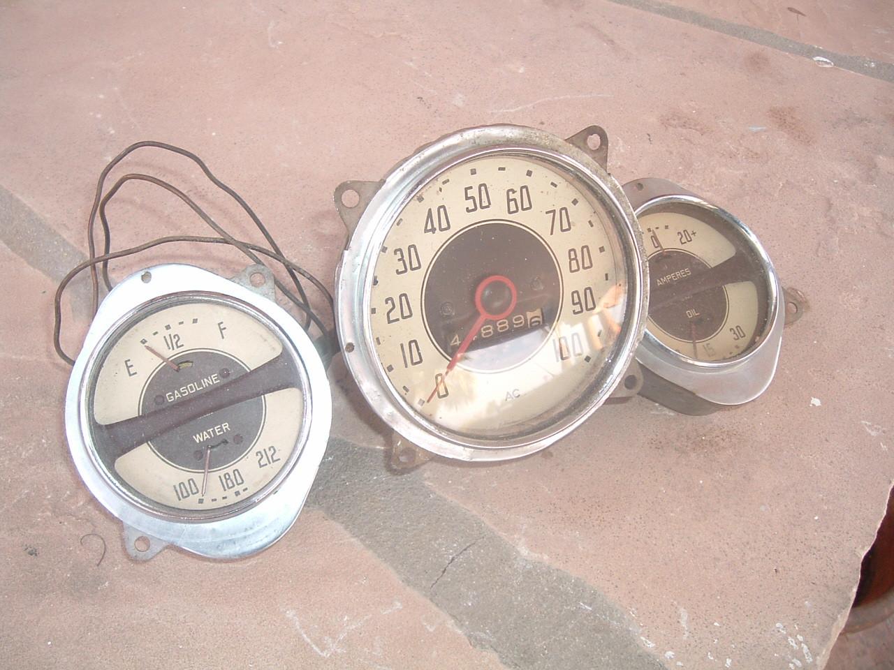 1935 chevrolet master speedometer dash cluster original (z 35chevgauge)