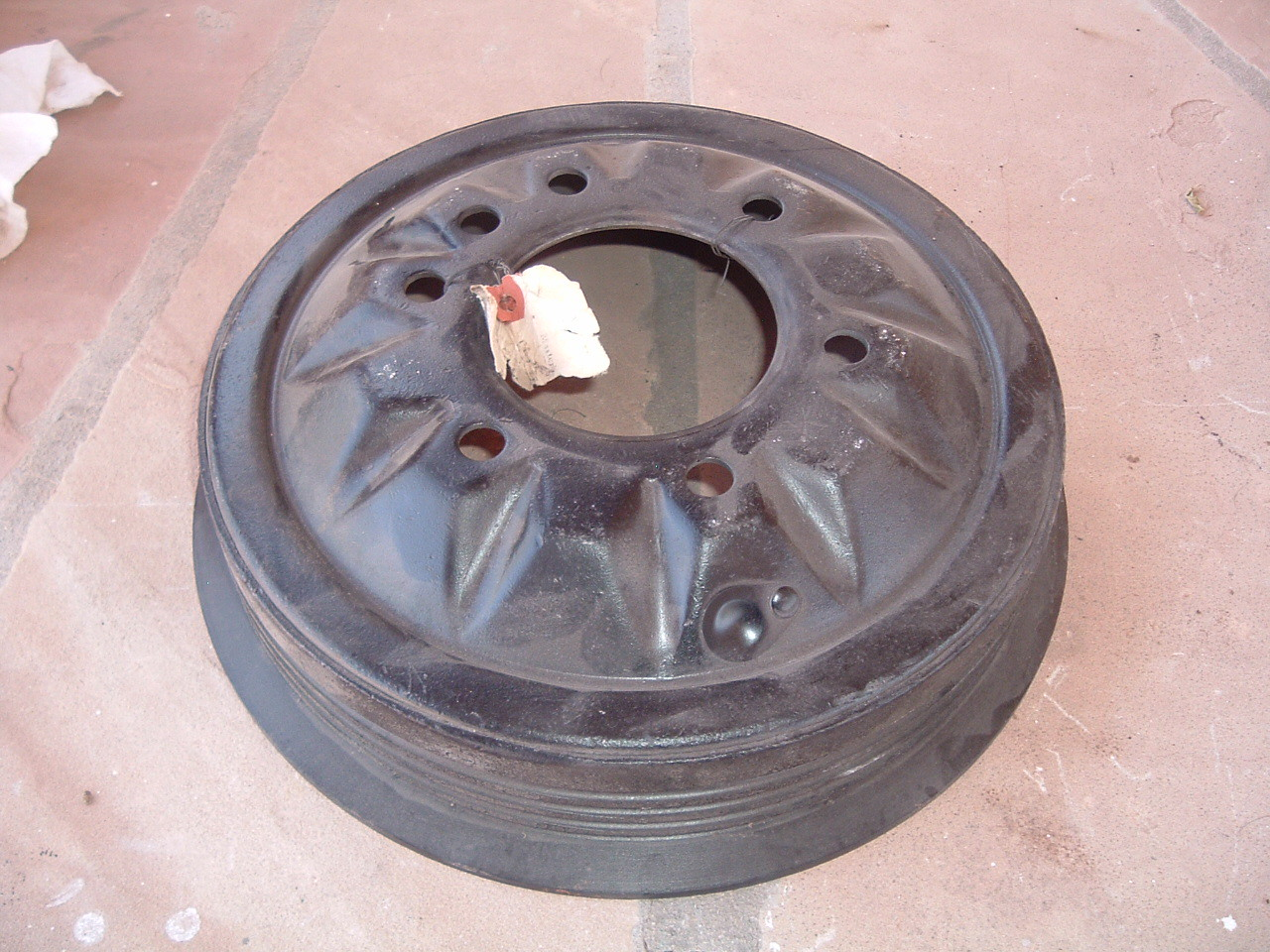1936 38 40 41 42 46 47 48 49 50 chevrolet pass / truck front / rear brake drum nos gm 601985 (z 601985)