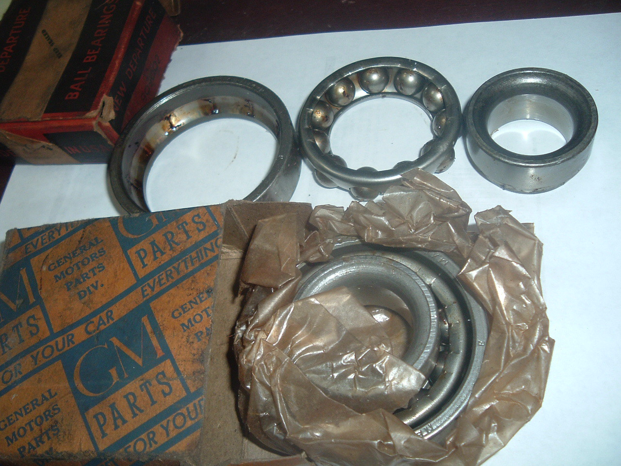 1929 31 33 35 37 39 41 chevrolet front wheel inner wheel bearing nos gm # 909002 (z 909002)