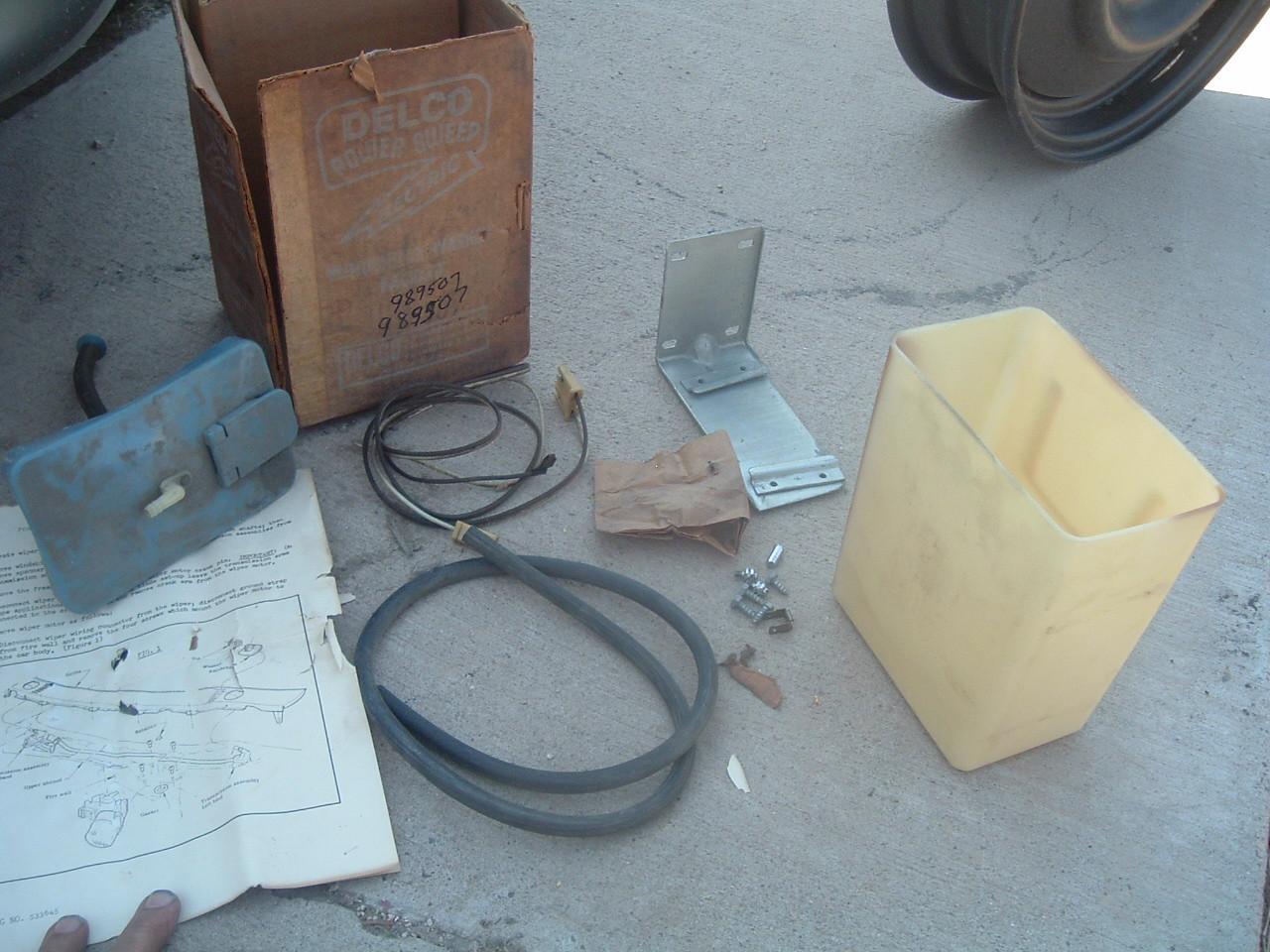 1959 pontiac windshild washer kit NOS gm # 989507 (z 989507)