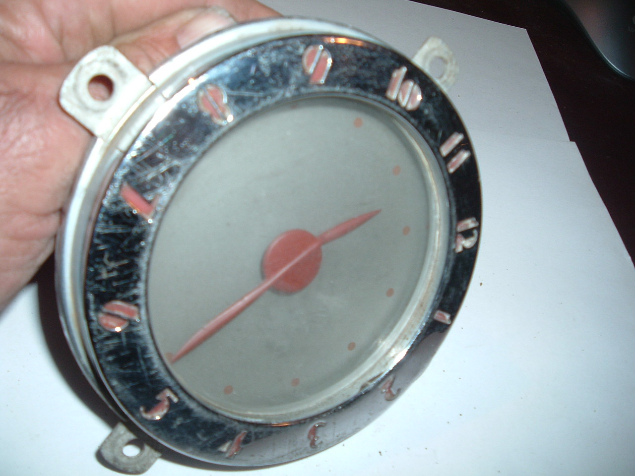 View Product1937 oldsmobile dash clock electric good used (1) (z 37oldsclock)