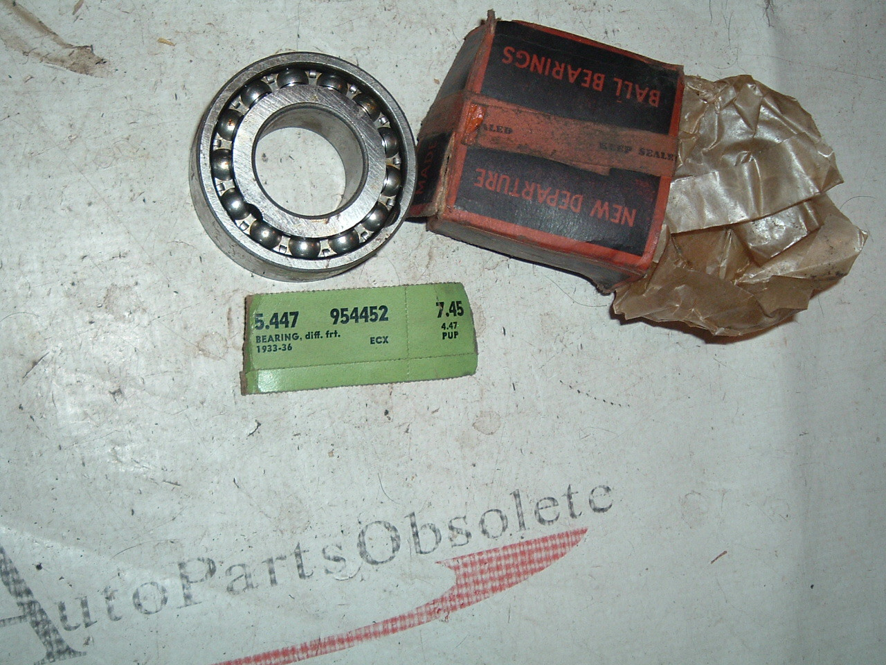 1933 34 35 36 37 38 39 chevrolet car & truck front differential bearings nos gm 954452 (z 954452)