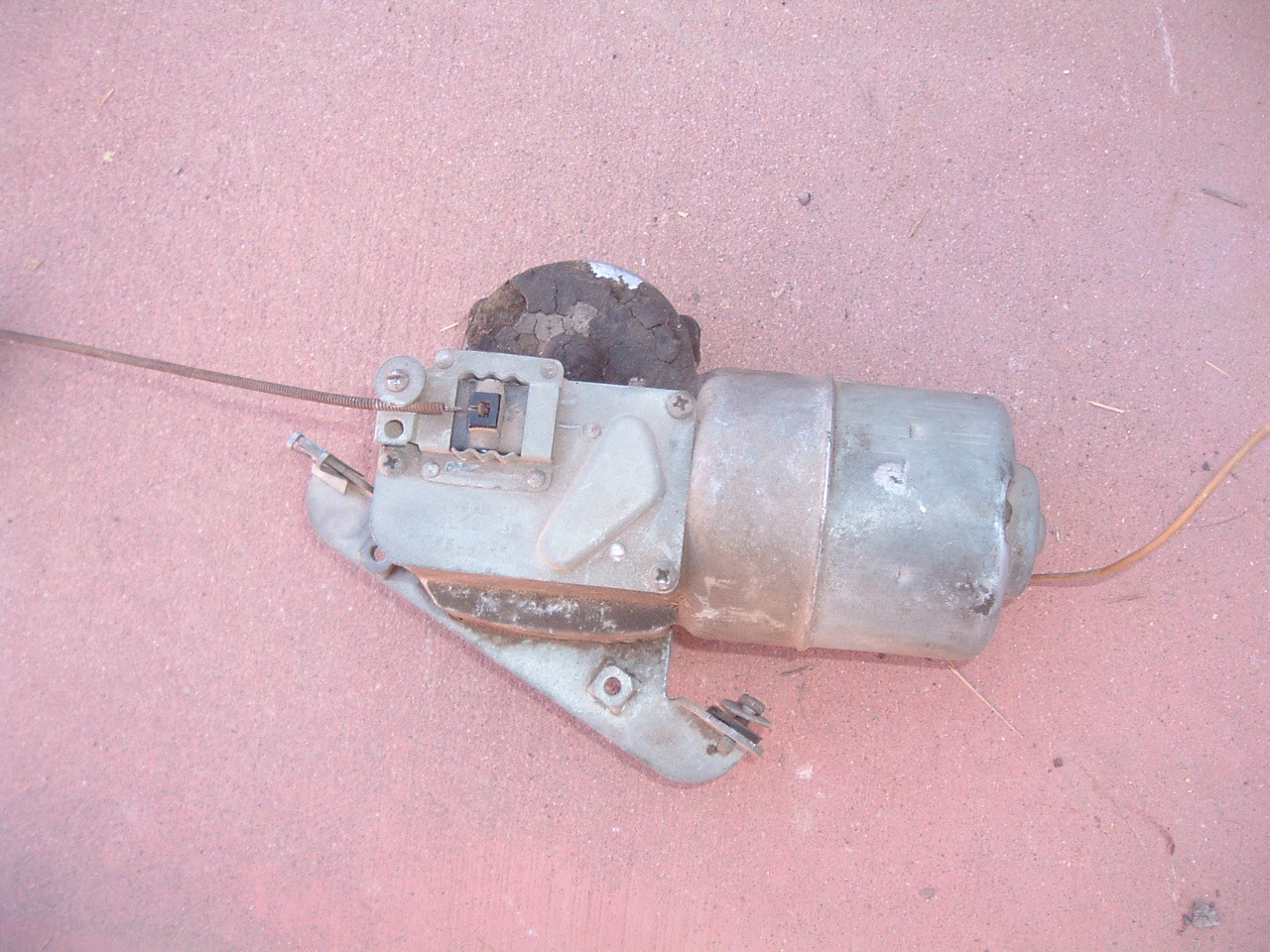 1953 1954 Chevrolet truck electric windshield wiper motor original GM 6 VT # 5047765 (z 5047765)