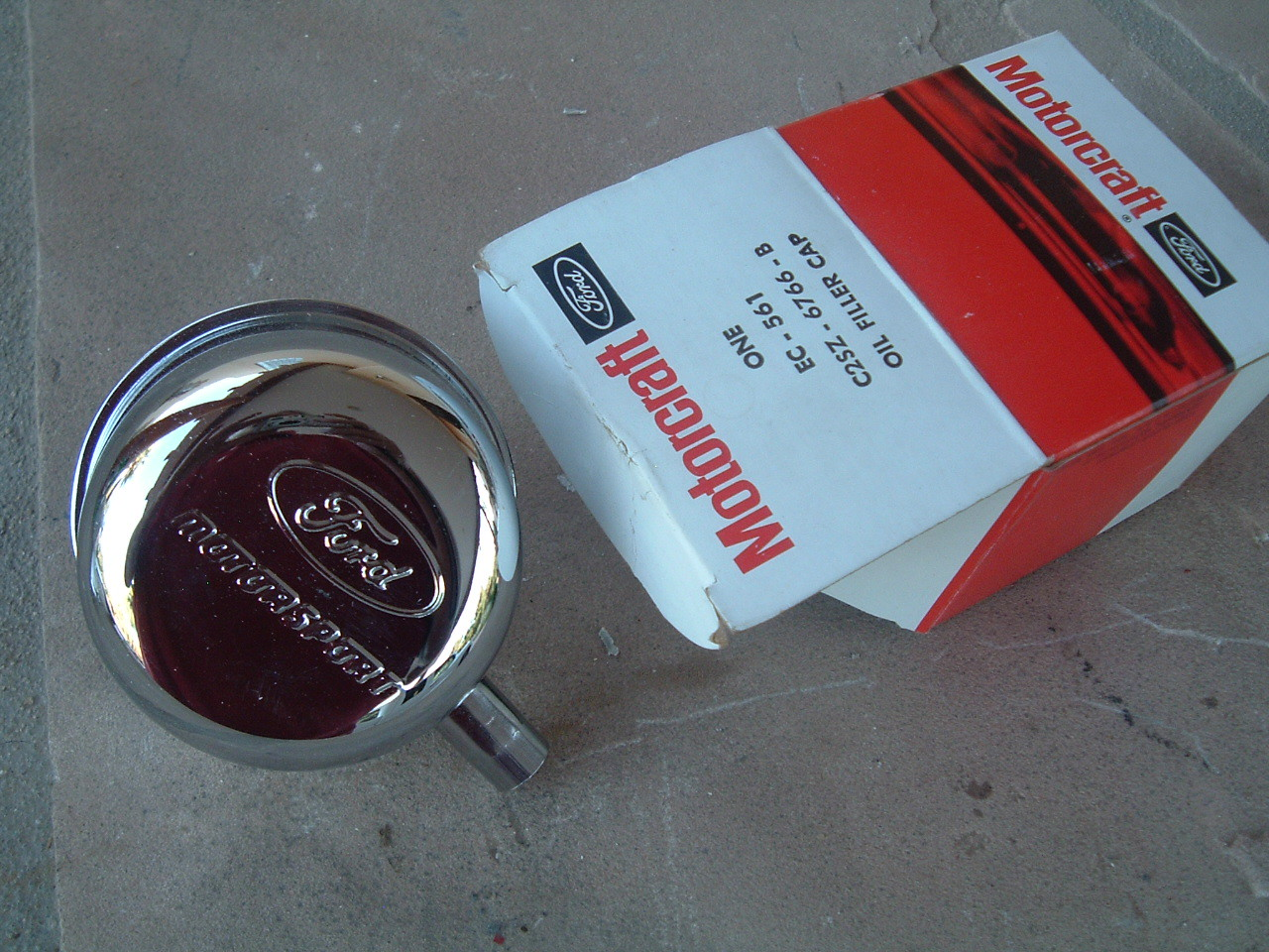 1962 63 64 65 ford galaxie falcon mustang oil brather cap nos ford # C2SZ-6766-B ( (z c2sz6766b)