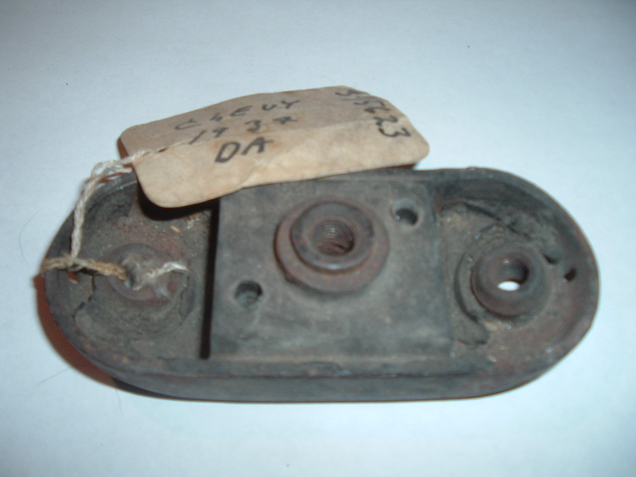 View Product1934 Chevrolet front engine mount NOS GM # 375623 (z 375623)