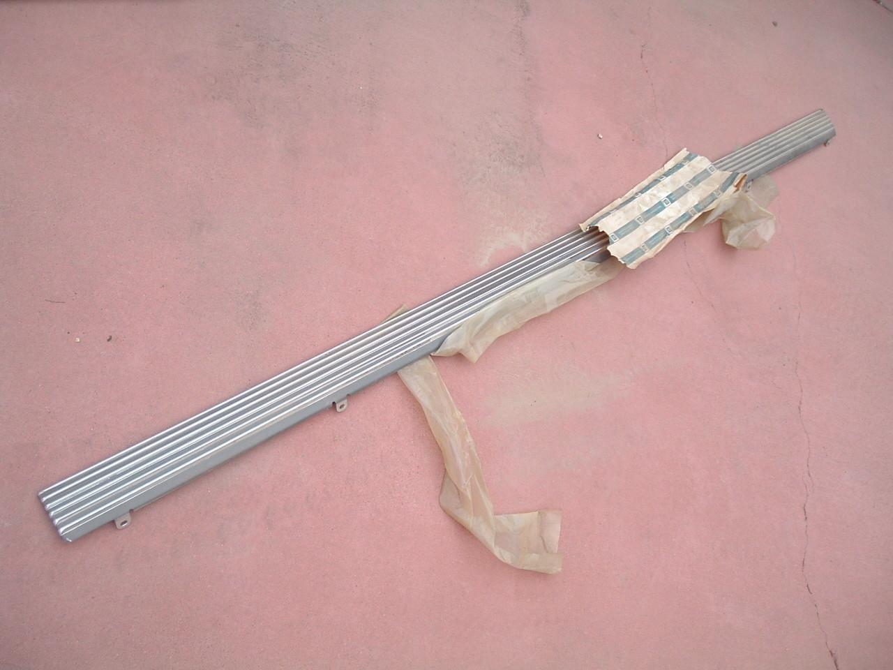 View Product1967 chevelle, malibu rocker molding nos gm # 3904584 (1) (z 3904584)