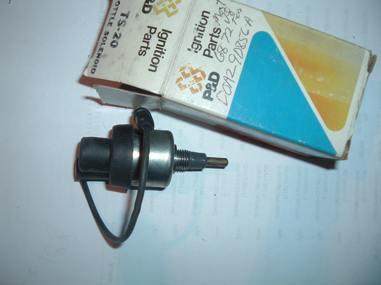 View Product1968 69 70 71 72 ford mercury idle solenoid D0AZ-9D856-A (1) (z d0az9d856a)