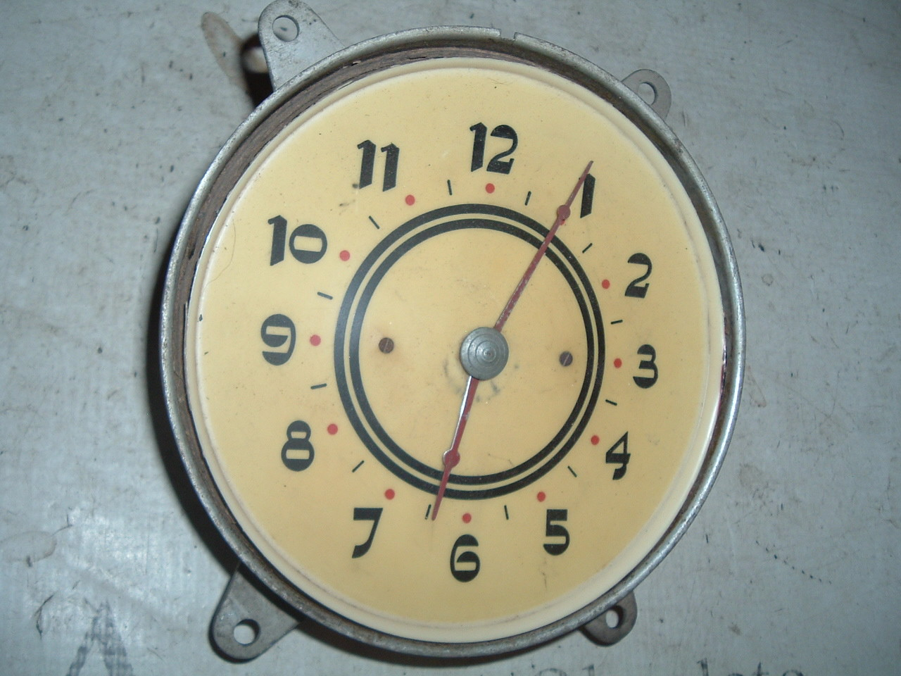 1937 cadillac dash clock electric used (z 37cadclock)