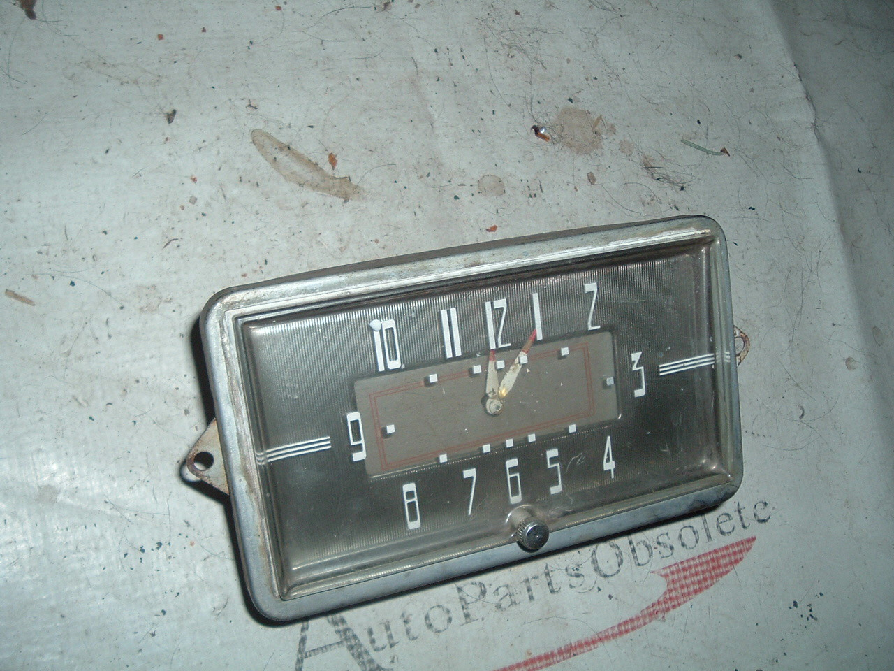 View Product1940 oldsmobile dash clock electric good used (z 40oldsclock)
