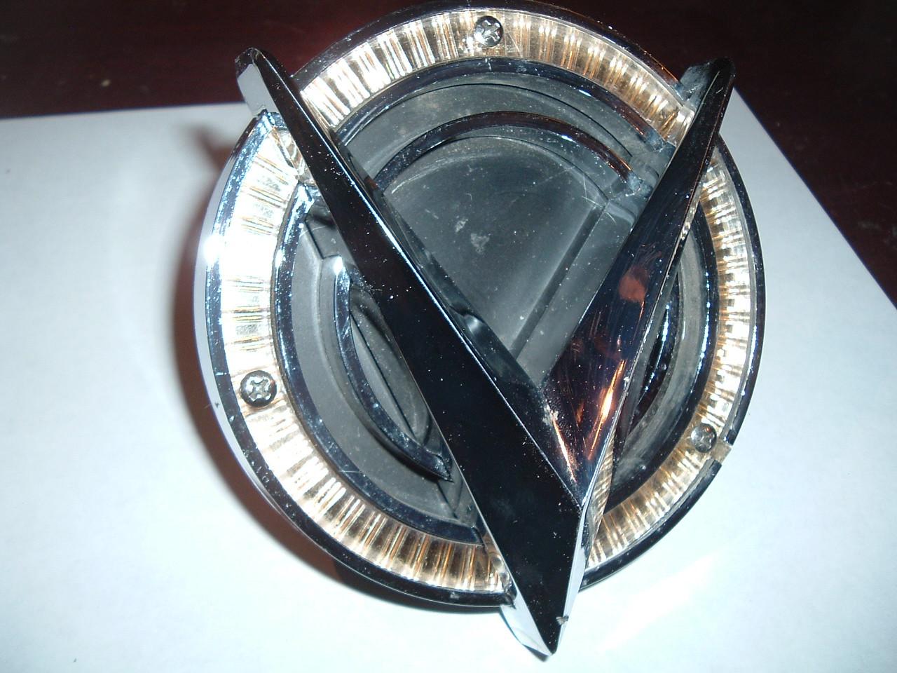 1959 buick grille emblem 1187587 (z 1187587)