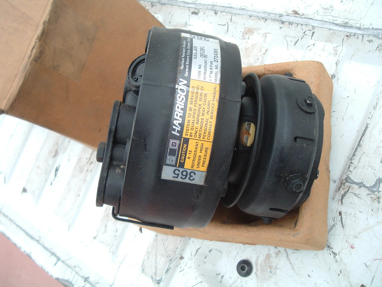View Product1981 buick chevrolet pontiac ac delco air conditioning compressor r4 nos gm 2724365 (z 2724365)