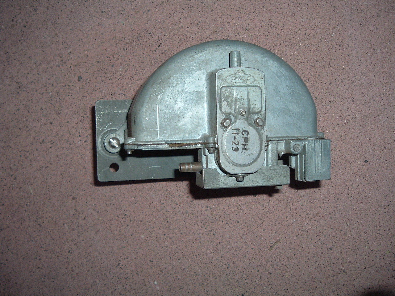 1958 ford passenger car windshield wiper motor truico # CPH 11-23 (z cph1123)