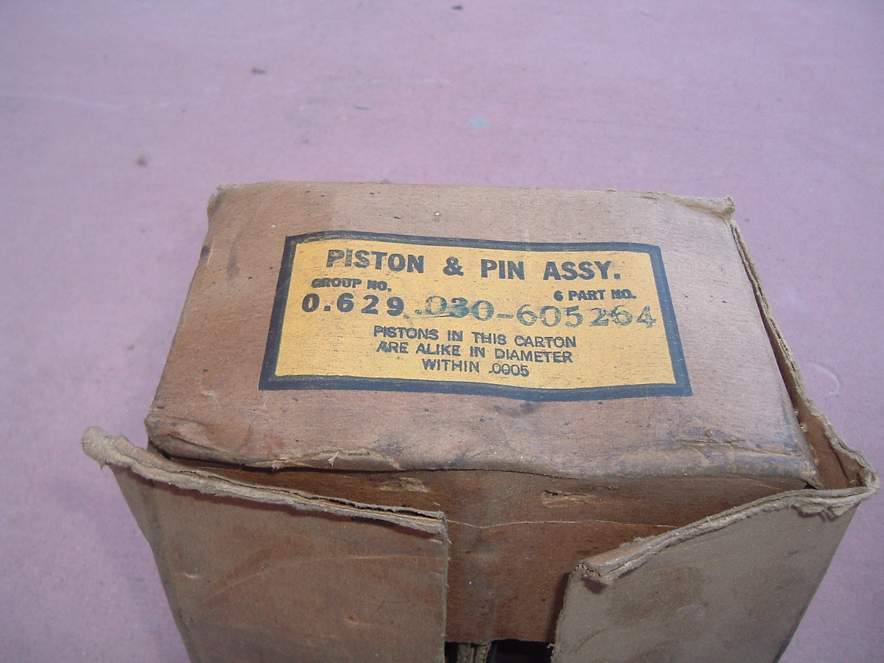 1941 42 46 47 48 49 50 51 52 53 chevrolet 216 engine pistion set nos gm 605264 (z 605264)
