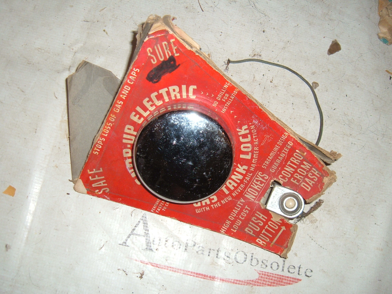 1940,s chevrolet ford plymouth electric locking gas cap vintage new (z elecriclockcap)