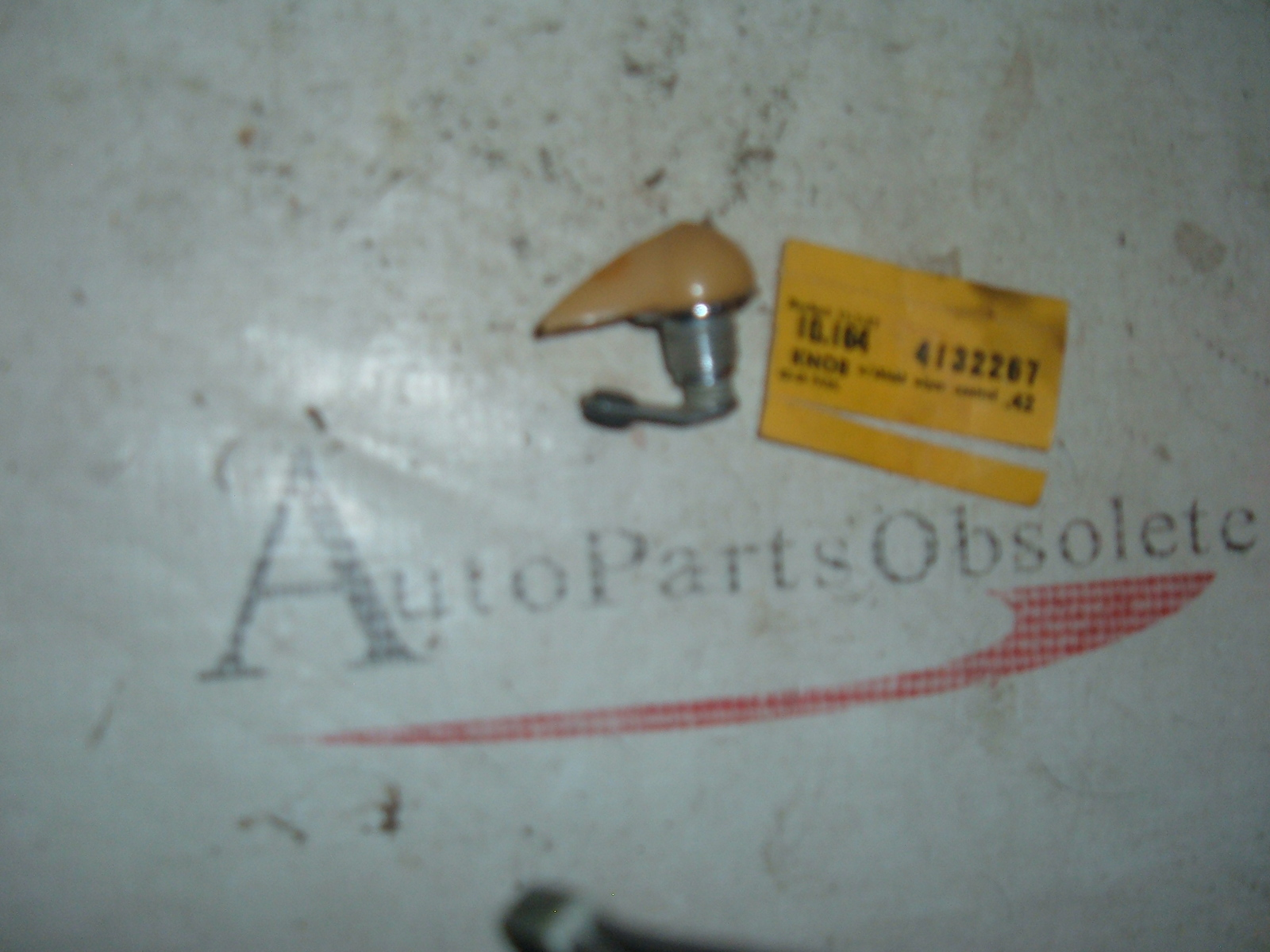 View Product1942 46 47 48 chevrolet passenger car windshield wiper switch nos gm 4132267 (z 4132267)