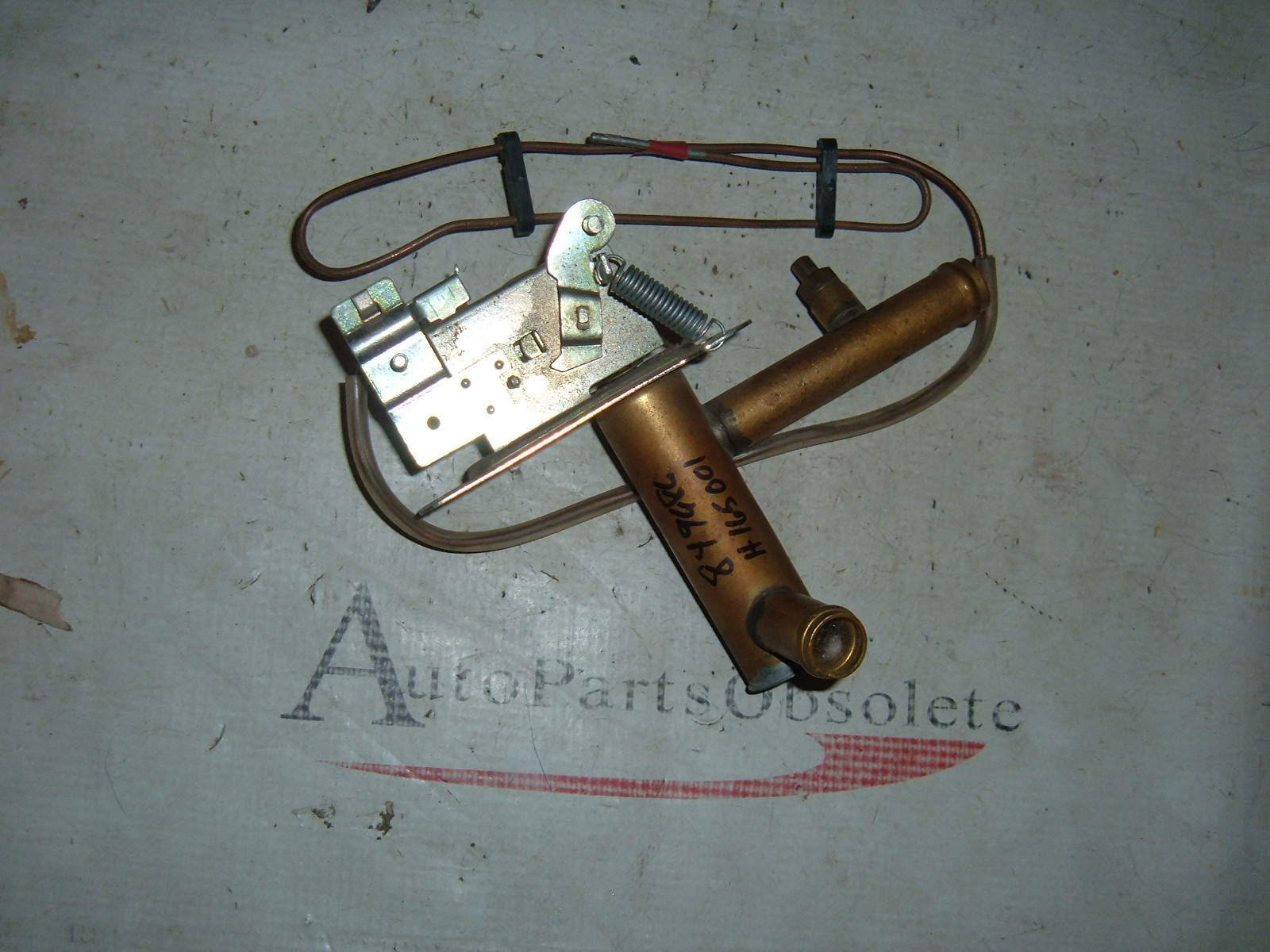 View Product1950's 1960's volvo heater control valve nos 849686 h165001 (z 849686)