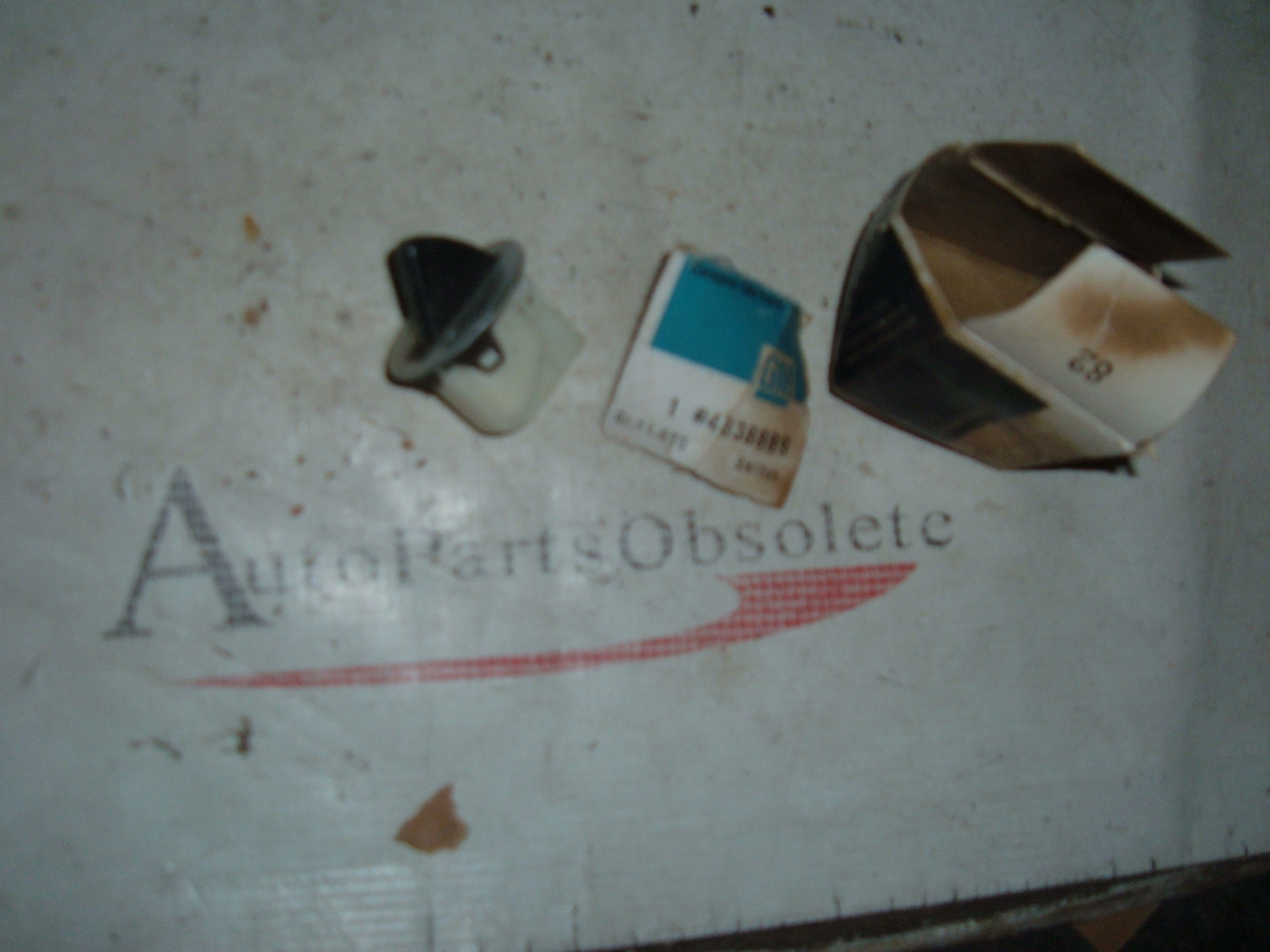 View Product1961 62 buick oldsmobile door jamb switch nos 4838889 (z 4838889)