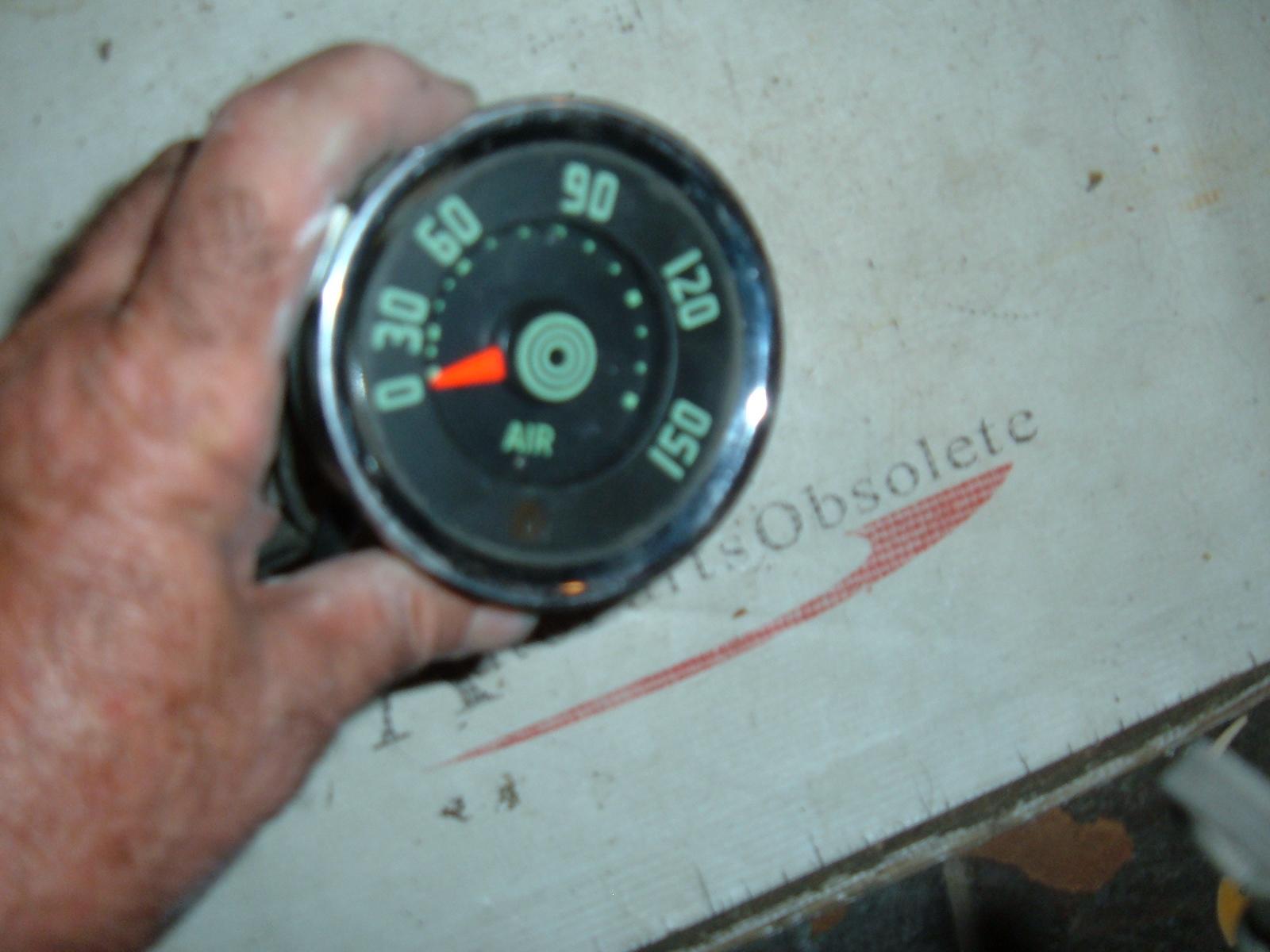 1953 54 55 56 international truck air pressure gauge dash unit original (z 53-6airgauge)