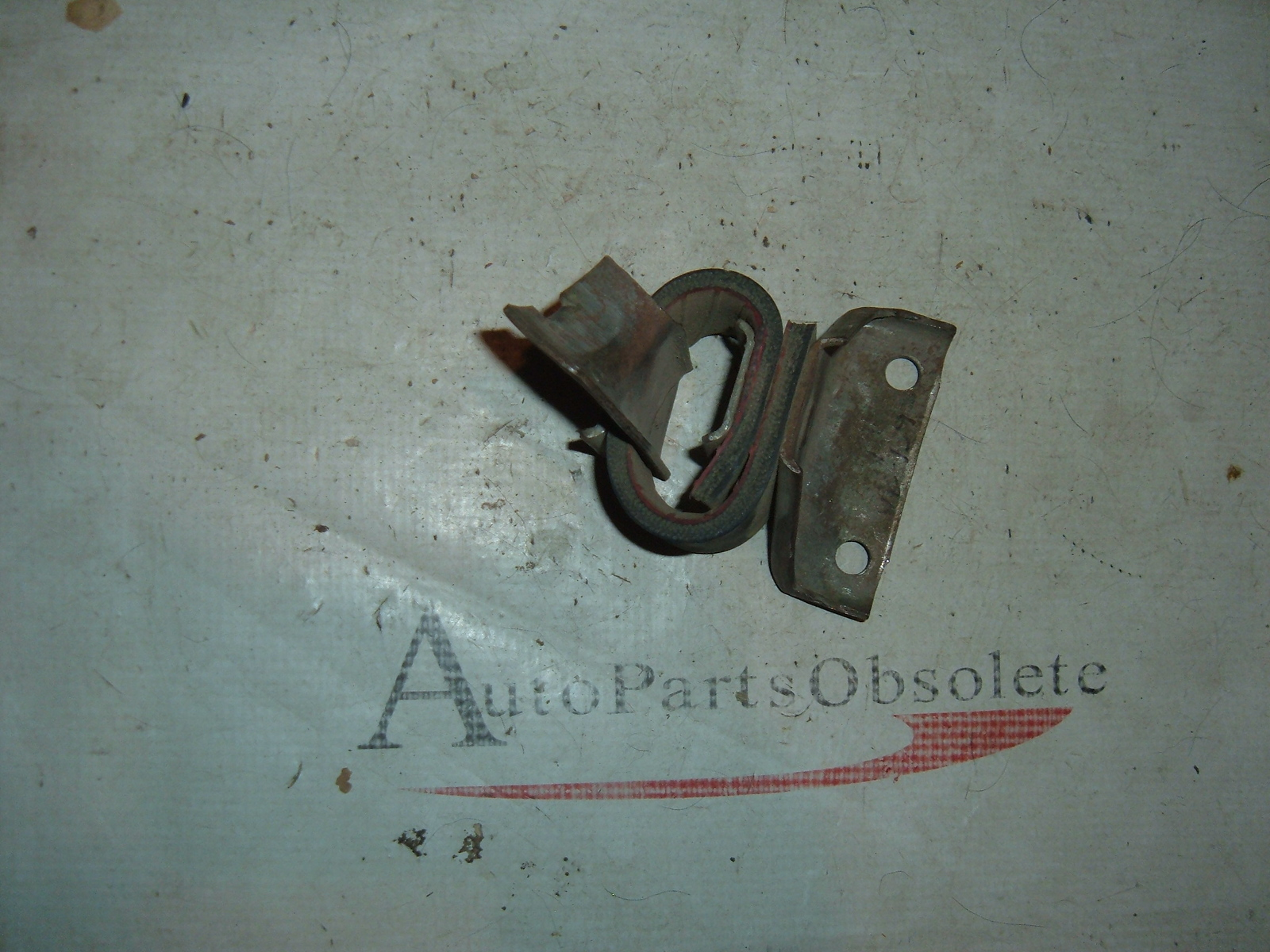 View Product1965 1966 chevrolet impala muffler hanger nos gm 3867376 (z 3867376)