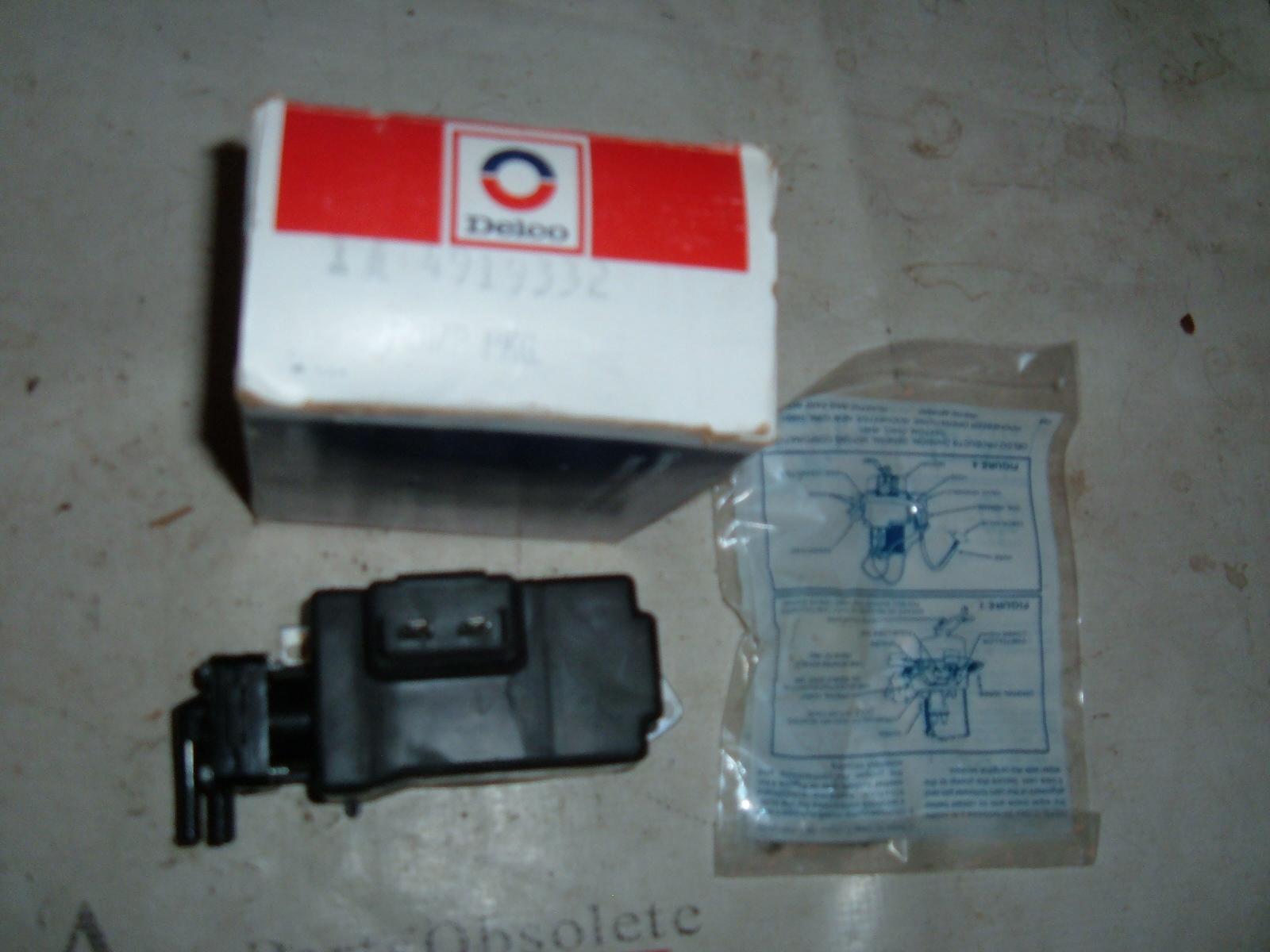 1964 66 67 69 70 nova chevelle camaro windshield washer pump # 4919332 black (z 4919332blk)