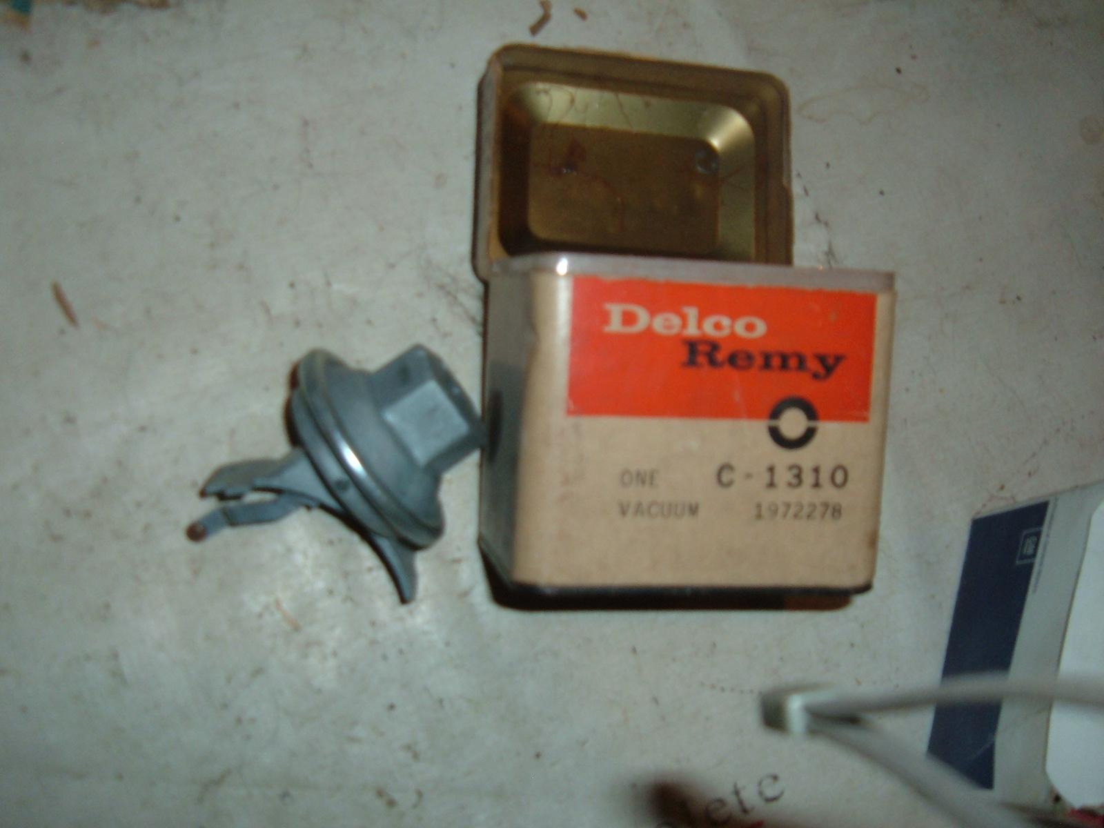 1969 70 71 72 dodge plymouth vacuum advance (z 1972278)