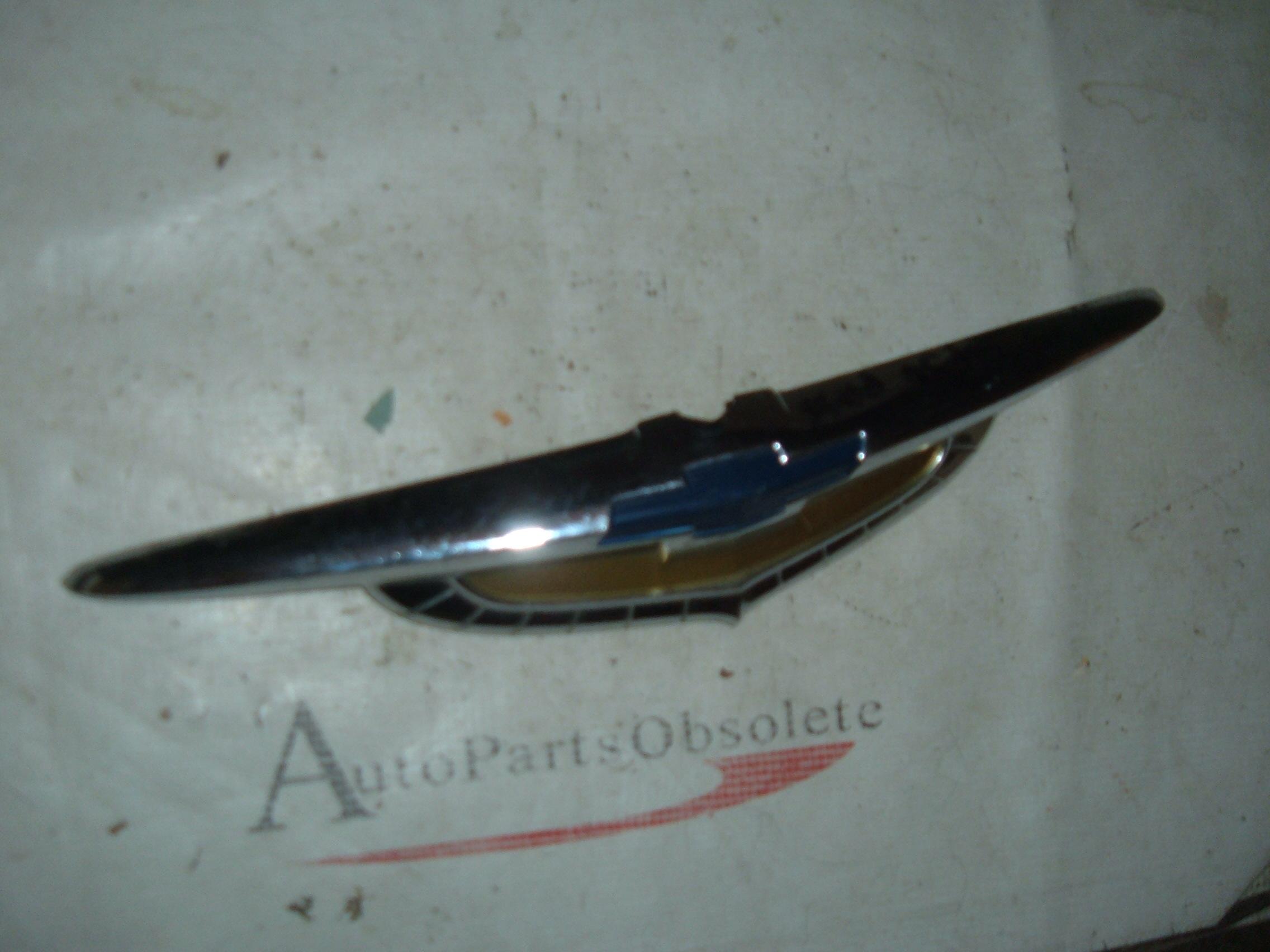 1950 chevrolet hood ornament gm # 3693312 (z 3693312)