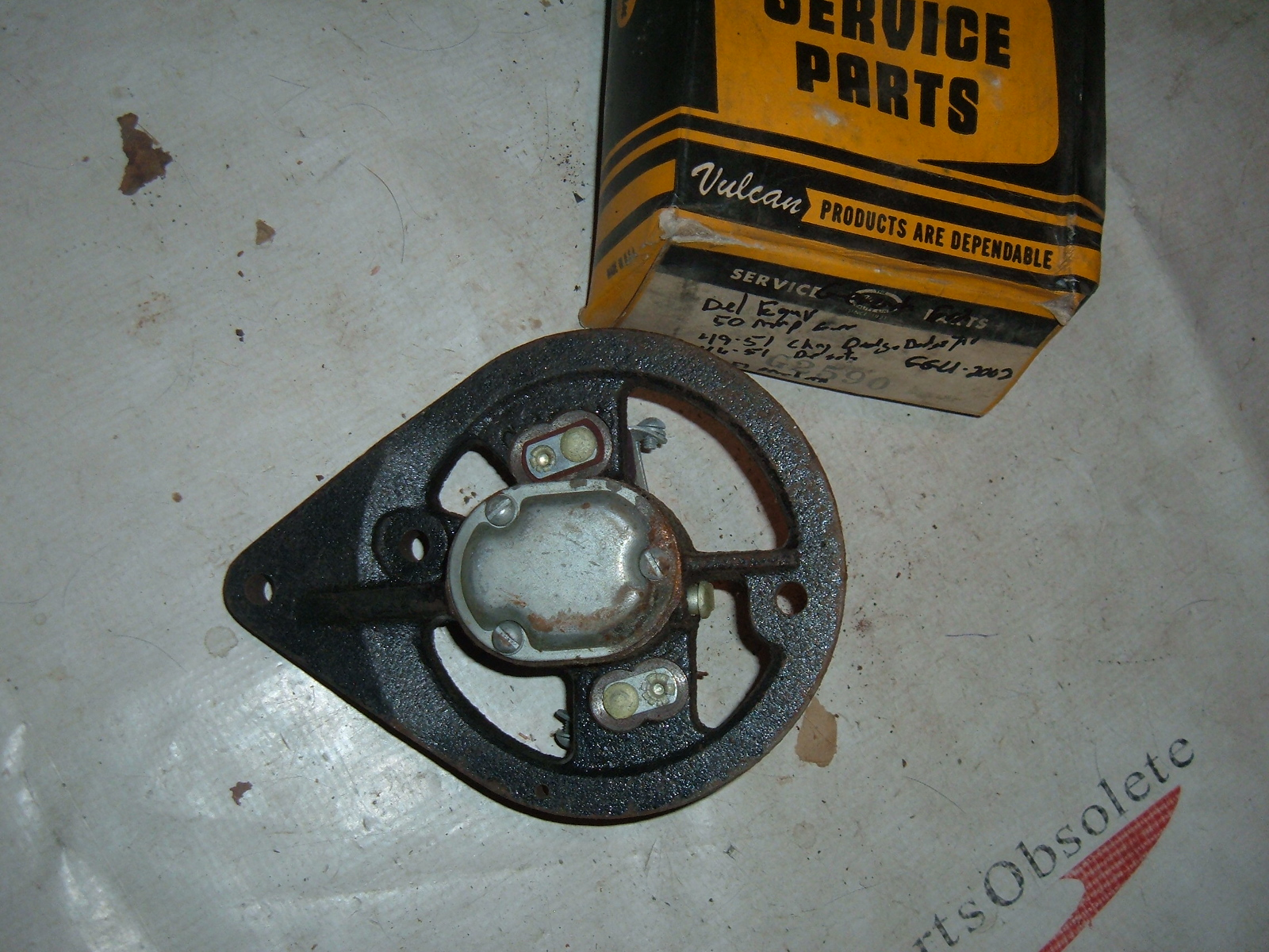 1946 47 b48 49 50 51 dodge chrysler desoto packard generator end cap (z g2590)