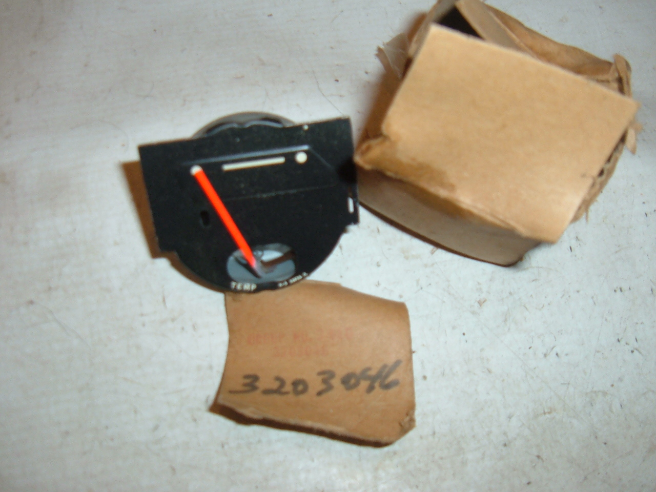 View Product1962 rambler classic ambassador temperature gauge dash unit nos # 3203046 (z 3203046)