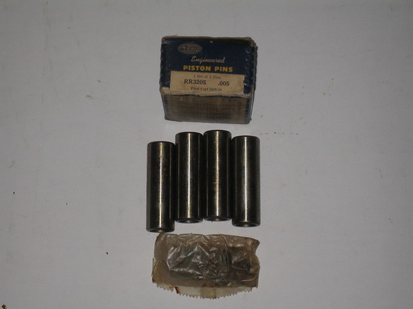 1928 1929 1930 1931 1932 1933 1934 Ford 4 cylinder new piston pins # rr3205 (zd rr3205)