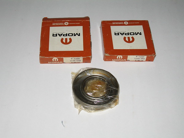 1947 thru 1961 Mopar NOS rear axle oil seals(2) mopar # 1139896 (zd 1139896)
