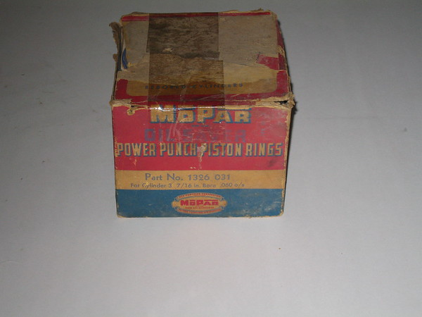 1942 1943 1944 1945 1946 1947 1948 1949 1950 1951 Chrysler DeSoto & Dodge truck NOS ring set .060 os (zd 1326031)