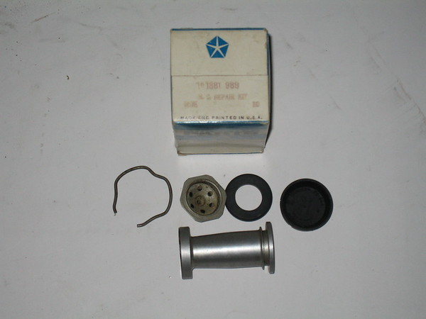 1929 1930 1931 1932 1933 1934 1935 1936 1937 Mopar NOS brake master cyl kit # 1881989 (zd 1881989)
