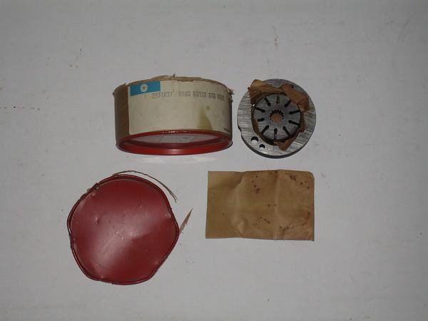 1967 thru 1975 Mopar NOS power steering pump ring & valve kit # 2537837 (zd 2537837)