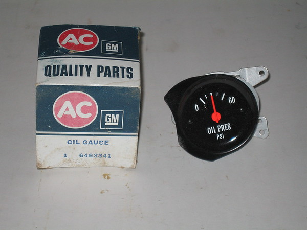 1973 1974 1975 1976 1977 Chevrolet pick up Blazer GMC NOS oil pressure gauge # 6463341 (zd 6463341)
