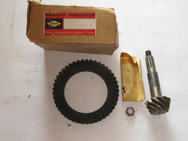 AMC Jeep NOS Dana 44 Spicer ring & Pinion 4:09 ratio # 931577 (zd 931577)