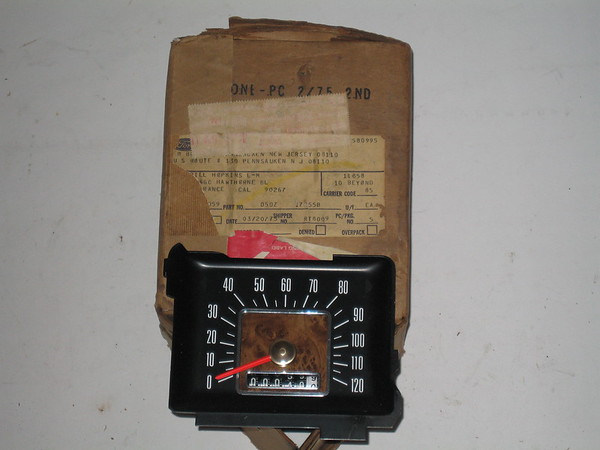 1975 1976 1977 Ford Fairmont Mercury Monarch NOS speedometer # d5dz-17255-b (zd d5dz-17255-b)