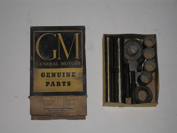 1953,1954,1955 chevrolet truck king pin unit nos GM # 3704112 (zd 3704112)