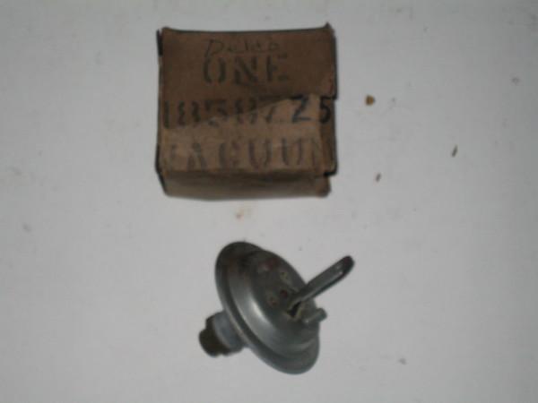 1937 1938 Chevrolet NOS distributor vacuum control # 1858725 (zd 1858725)