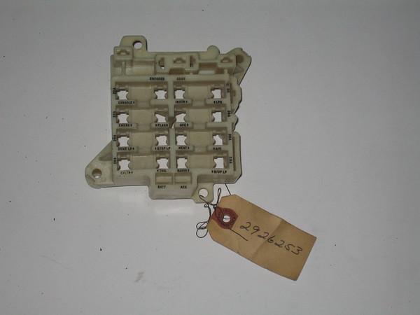 1969 mopar c body nos fuse block mopar 2926253 rh autopartsobsolete com  mopar a body fuse box