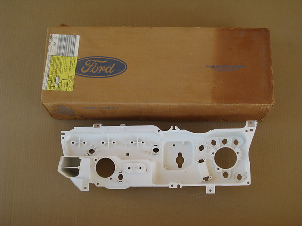 1974 Lincoln Mark IV NOS rear instrument plastic housing # d4gy-10848-a (zd d4gy-10848-a)