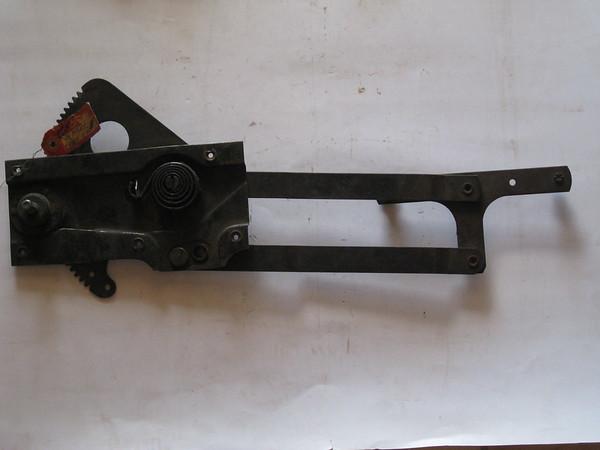 1940 Mercury NOS RH window regulator # 09a-7023200 (zd 09a-7023200)