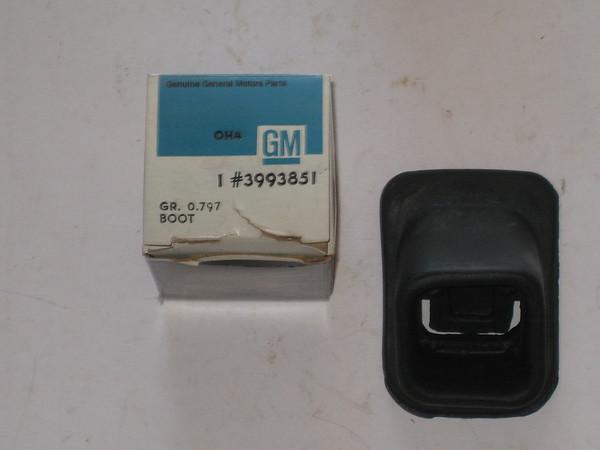 1963 thru 1981 Corvette camaro chevelle Impala Nova clutch boot nos gm 3993851