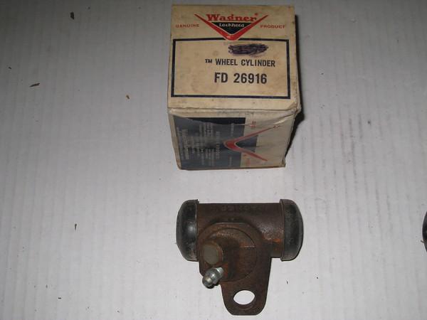 1858 1959 Chevrolet Corvette new replacement RH front brake wheel cylinder # fd26916