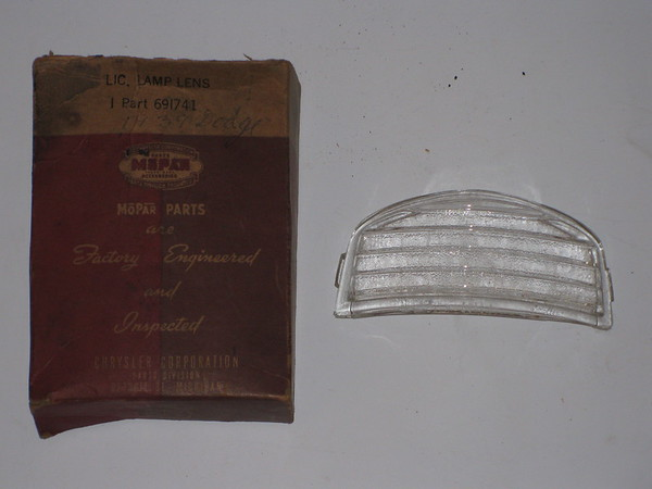 1939 Chrysler Desoto Dodge Plymouth NOS license lamp lens # 691741