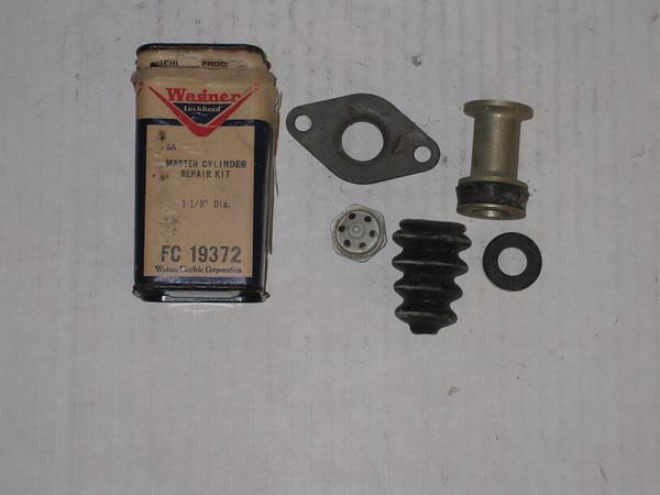 1955 56 57 58 59 1960 61 Chrysler Desoto Dodge Plymouth new brake master cylinder kit # fc19372