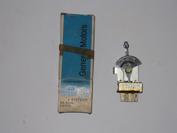 1971 72 37 74 75 Chevrolet Vega Monza NOS a/c blower motor switch # 3979719