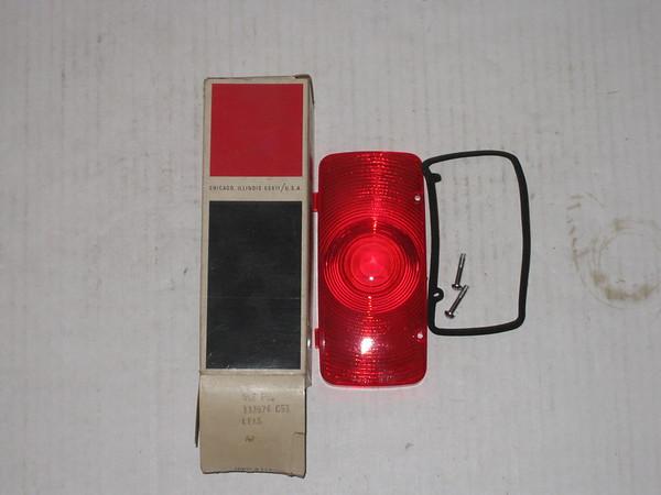 1965 66 67 68 69 1970 71 72 International Harvester IH NOS tail lamp lens # 332874c91
