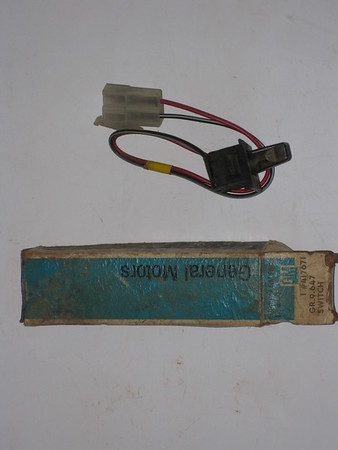 1974 1975 Oldsmobile full size power antenna switch #417671